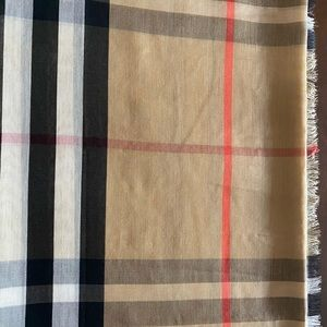 Burberry Vintage Check Tan Scarf